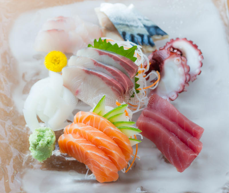 Sashimimaträtt royaltyfria bilder