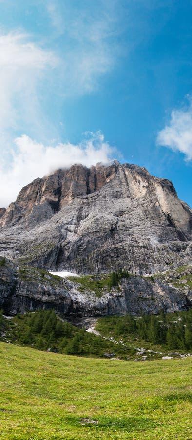 Sassolungo (Langkofel), Dolomit, Italien stockfotos
