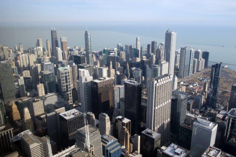 Satellietbeeld die het van de binnenstad van Chicago over Meer Michigan kijken stock afbeeldingen