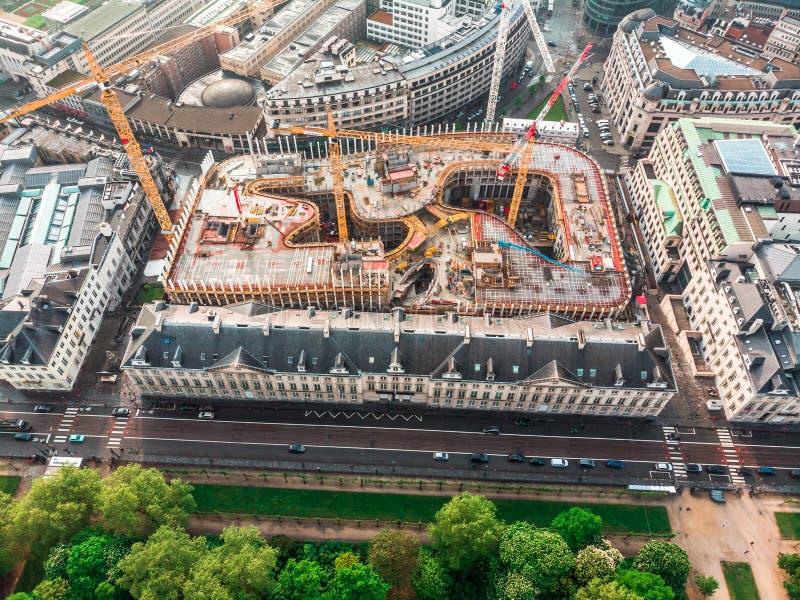 Satellietbeeld van de bouw van een nieuw winkelcentrum in Brussel, België royalty-vrije stock foto's