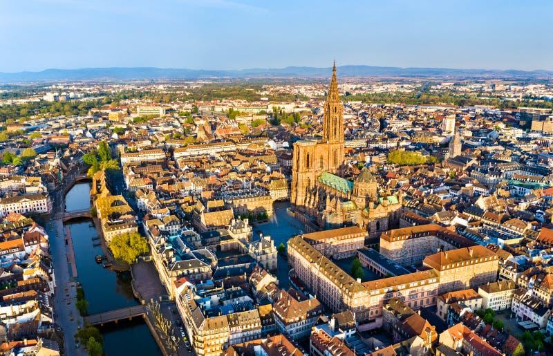 Satellietbeeld van de Kathedraal van Straatsburg in de Elzas, Frankrijk stock fotografie