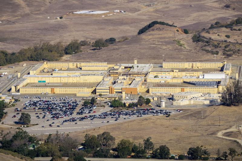 Satellietbeeld van de Mensen\ 's Kolonie van Californië, een mannelijk-enig gevestigd noordwesten van de staat gevangenis van de  stock fotografie