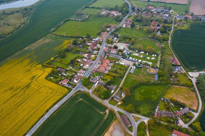 Satellietbeeld van het kleine dorp Catwick, Oost-Yorkshire - Mei 2019 royalty-vrije stock foto