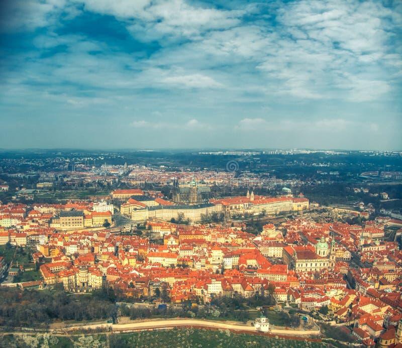 Satellietbeeld van Praag over Kasteel royalty-vrije stock foto