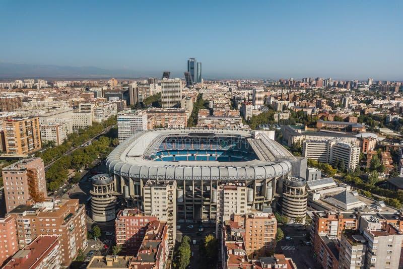 Satellietbeeld van Santiago Bernabeu-stadion in Madrid stock afbeelding