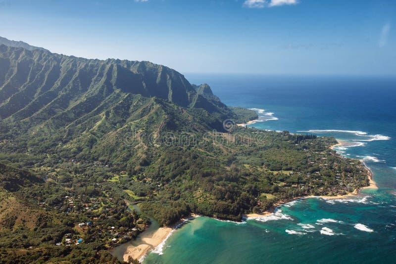 Satellietbeeld van Wainiha-gebied in het Strand van Kauai HALLO Haena, Tunnelsstrand, Hanelei, Princeville stock fotografie