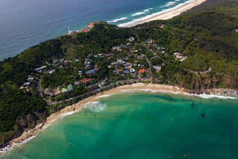 satellietbeeld van Wategoes-Strand in Byron Bay met vuurtoren De Foto werd genomen uit een Gyrovliegtuig, Byron Bay, Queensland, stock foto