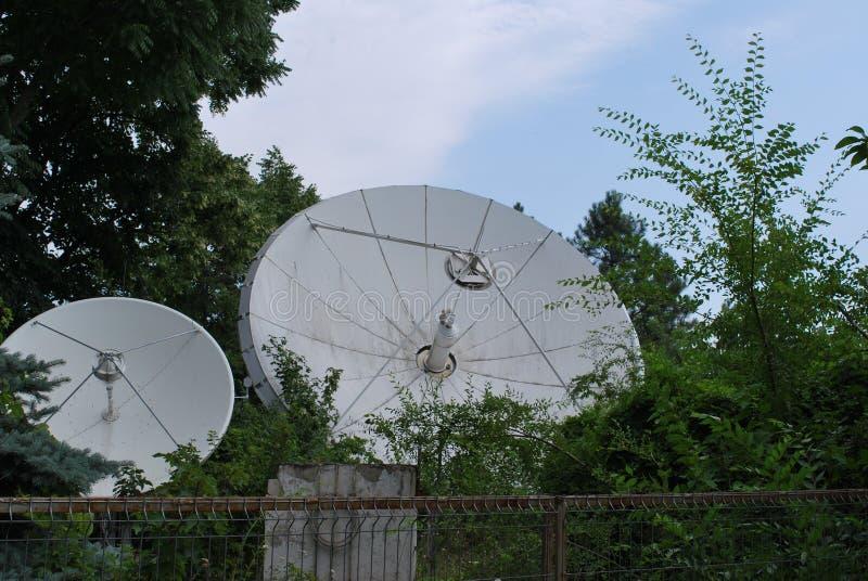 Satellietschotel stock foto's