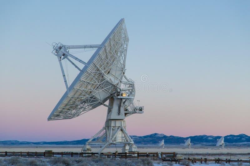 Satellietschotel en antenne royalty-vrije stock foto