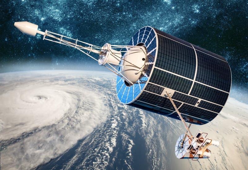 Satellit- övervakning för utrymme från jordens omloppsbanaväder från utrymme, orkan, tyfon på planetjord arkivfoto