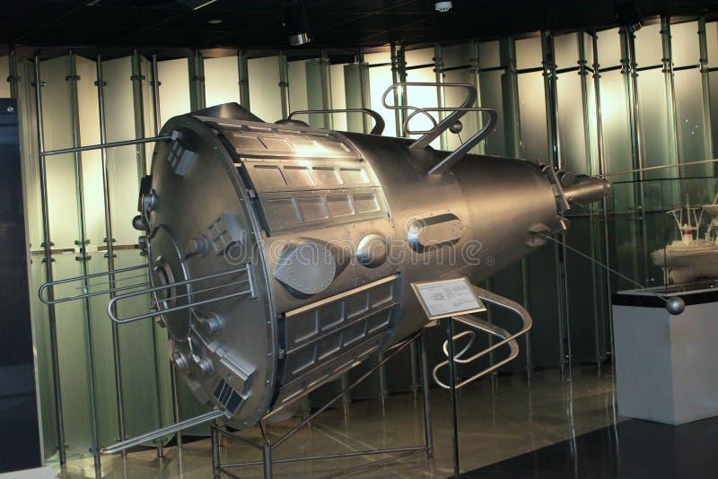 Satellite nel museo di spazio immagine stock libera da diritti