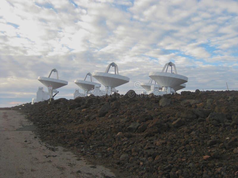 Satellitenschüsseln Mauna Kea, große Insel, Hawaii lizenzfreie stockbilder