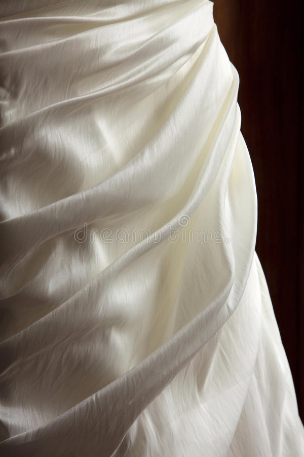 Satin-Braut-Kleid stockfotografie