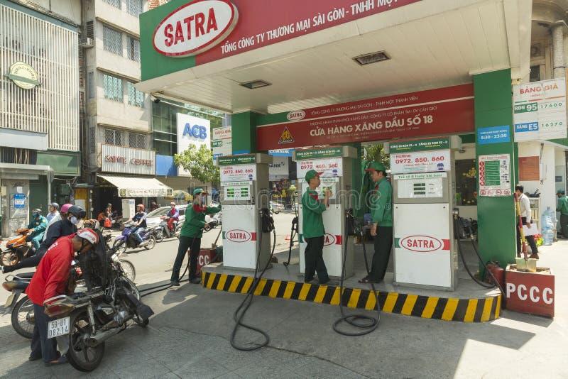 Satra加油站在胡志明,越南 免版税库存照片
