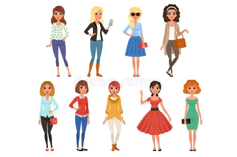 Satz attraktive Mädchen in der modernen zufälligen Kleidung mit Zubehör In voller Länge von den Karikaturweiblichen figuren mit vektor abbildung