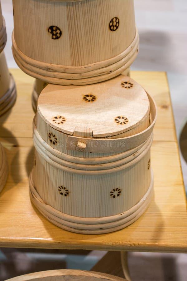 Satz Eimer hergestellt vom Holz lizenzfreie stockfotografie