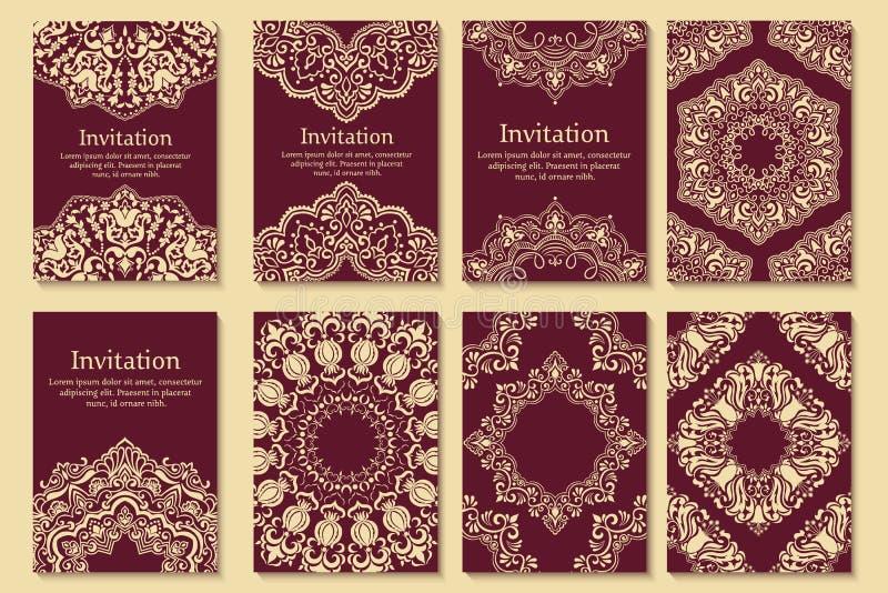 Satz Einladungen, Karten mit ethnischem Hennastrauch lizenzfreie abbildung