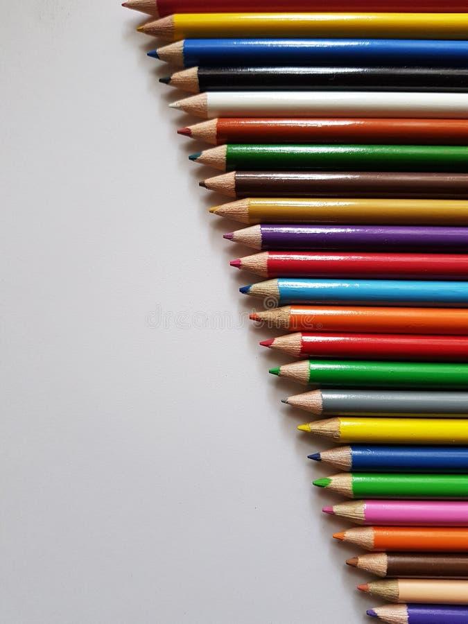 Satz Farbbleistifte, -hintergrund und -beschaffenheit stockfotografie