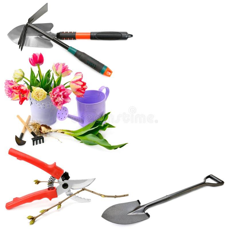 Satz Gartenwerkzeuge lokalisiert auf weißem Hintergrund collage frei lizenzfreies stockbild