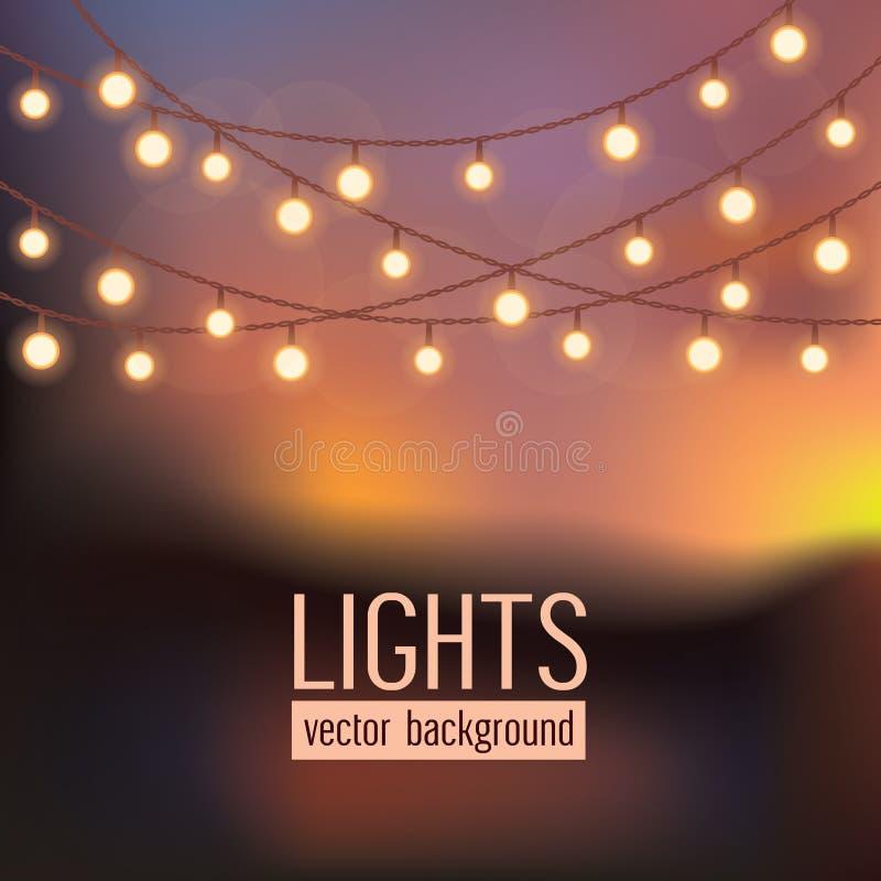 Satz glühende Kette beleuchtet auf abstraktem Abendhimmelhintergrund Auch im corel abgehobenen Betrag lizenzfreie abbildung