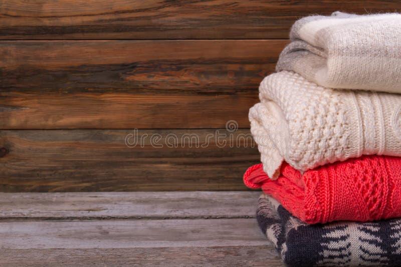 Satz handgemachte Pullover lizenzfreie stockfotografie
