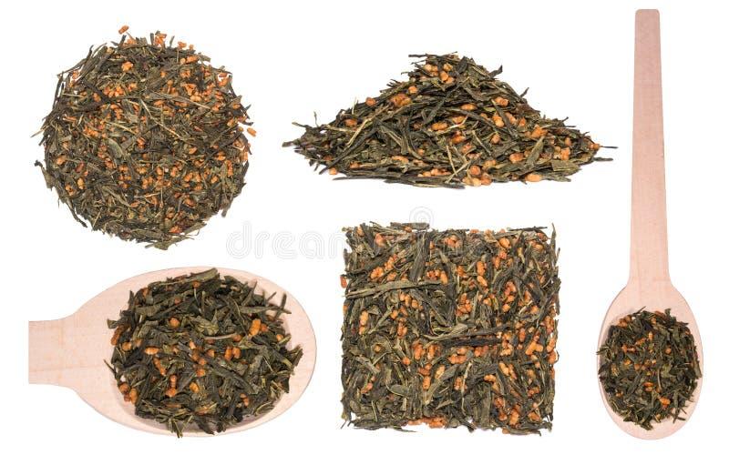 Satz japanischer grüner Tee Genmaicha Teeblätter mit gebratenem Naturreis stockfotografie
