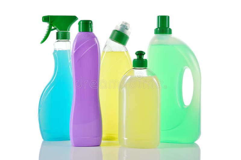 Satz Reinigungsprodukte. Hausreiniger. lizenzfreies stockbild