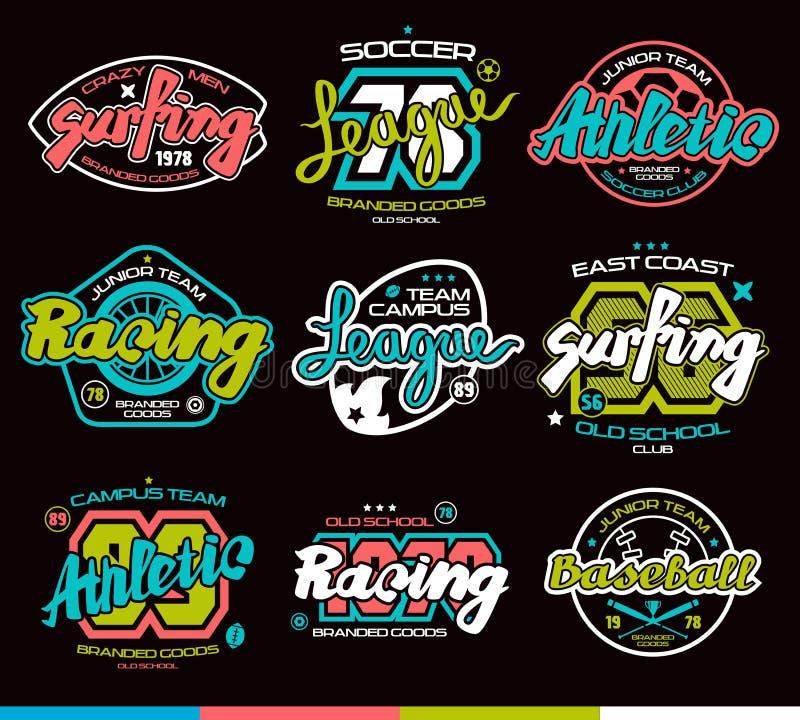 Satz Sportausweise Grafikdesign für T-Shirt lizenzfreie stockfotos