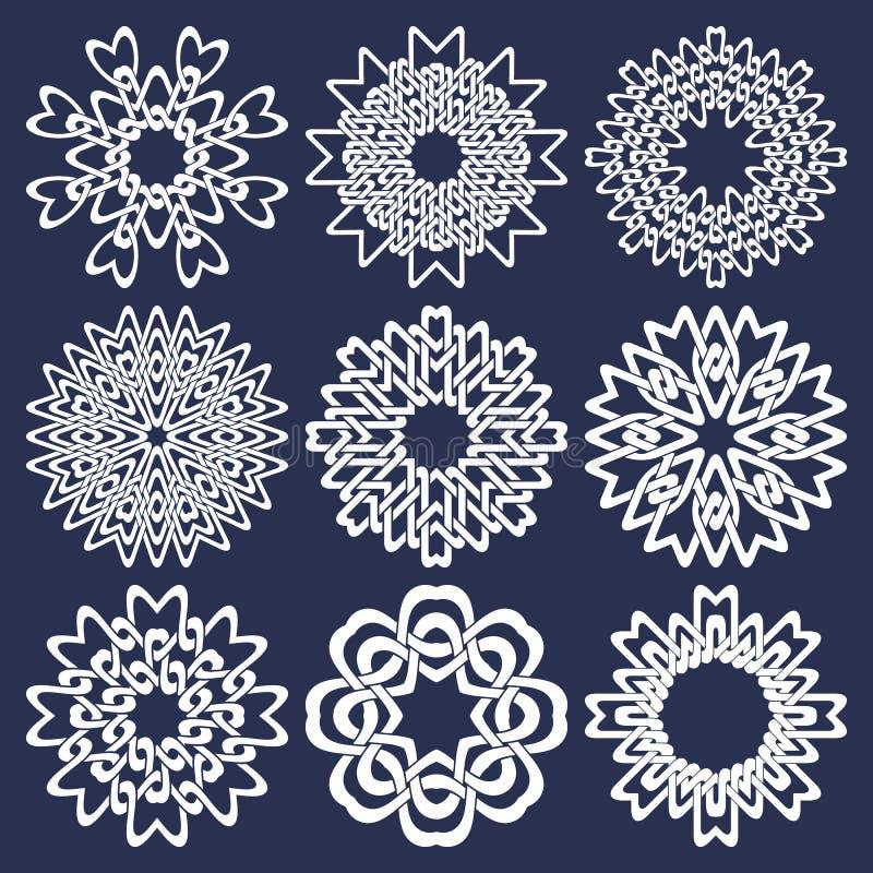 Satz von acht zeigte Kreismuster in den orientalischen schneidenen Linien Art Neun weiße Mandalen in der Schneeflockenform stock abbildung