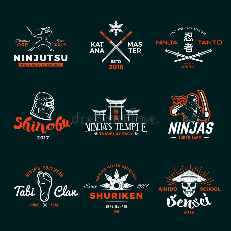 Satz von Japan Ninja Logo Ninjato-Klingen-Insigniendesign Weinlese shuriken Ausweis Mischkampfkunstturniert-shirt lizenzfreie abbildung