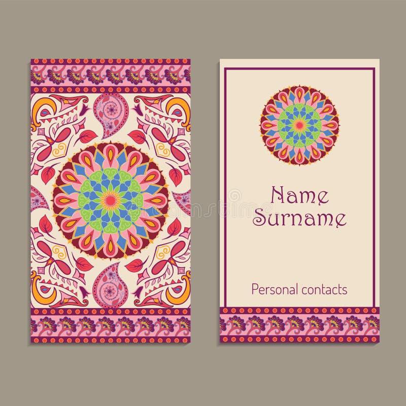 Satz von Vektor-Visitenkarten-Vorlagen mit ethnisch indianischem Kalamkari-Ornament. Blumenpaisley-Dekorationsmuster stock abbildung
