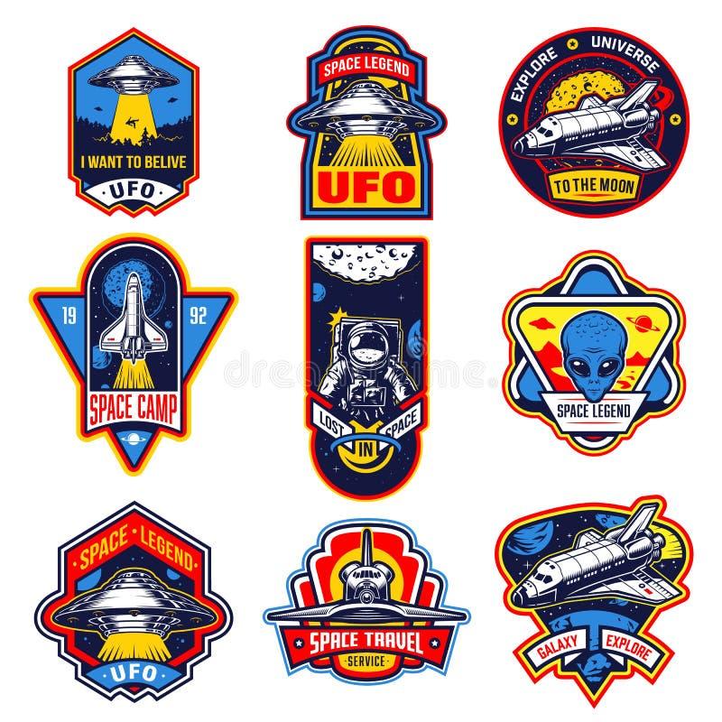 Satz Weinleseraum- und -astronautenausweise stock abbildung