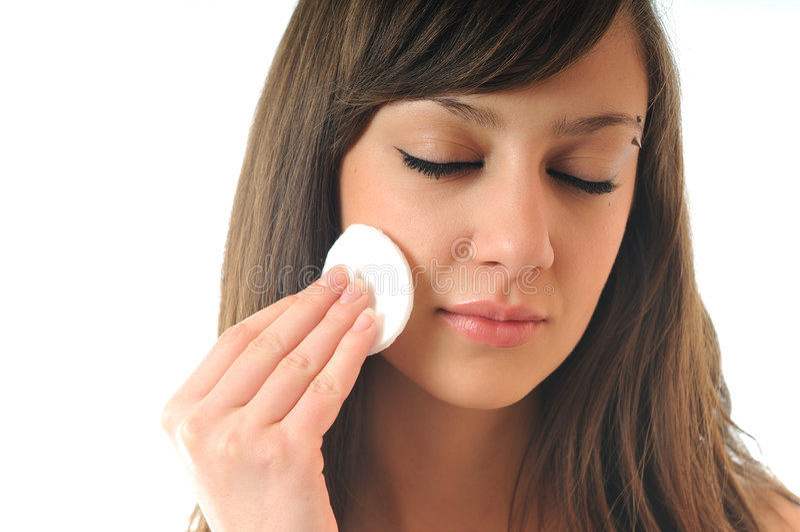 Saubere Behandlung des Gesichtes lizenzfreies stockfoto