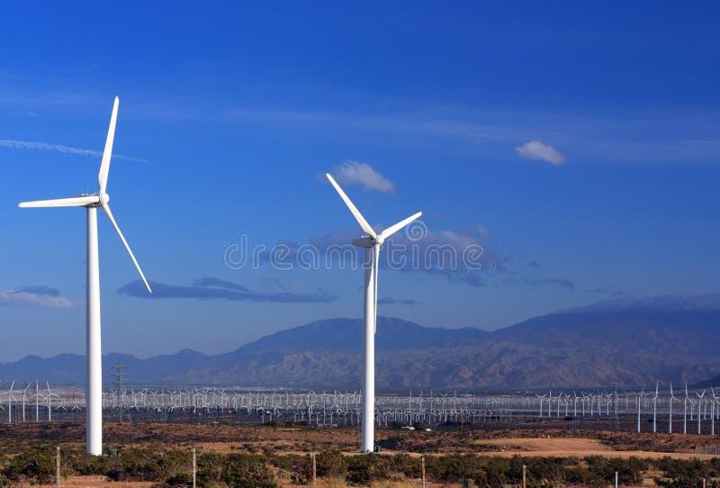 Saubere Energie vom Wind lizenzfreie stockbilder