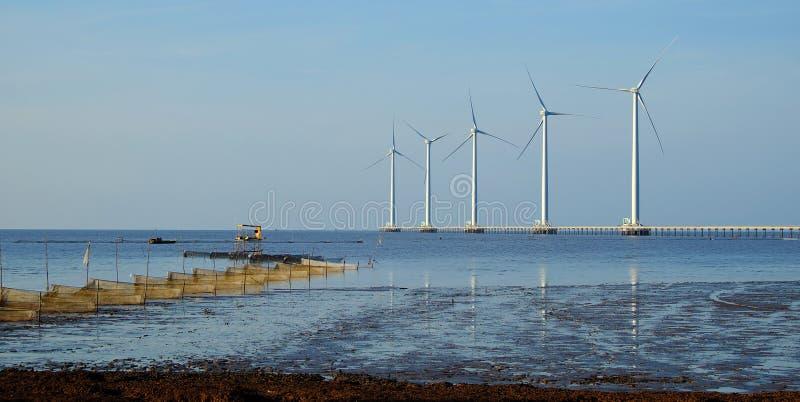 Saubere Energie, Windkraftanlage stockbild