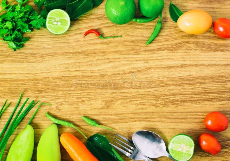 Saubere Essenauswahl des leeren Lebensmittels des Raumes gesunden gesetzt lizenzfreie stockfotos