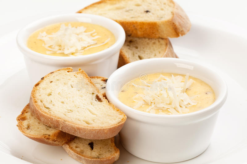 Sauce with cheese and bread