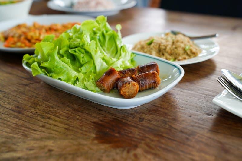 Saucisse épicée thaïlandaise coupée en tranches de Notrhern photos libres de droits