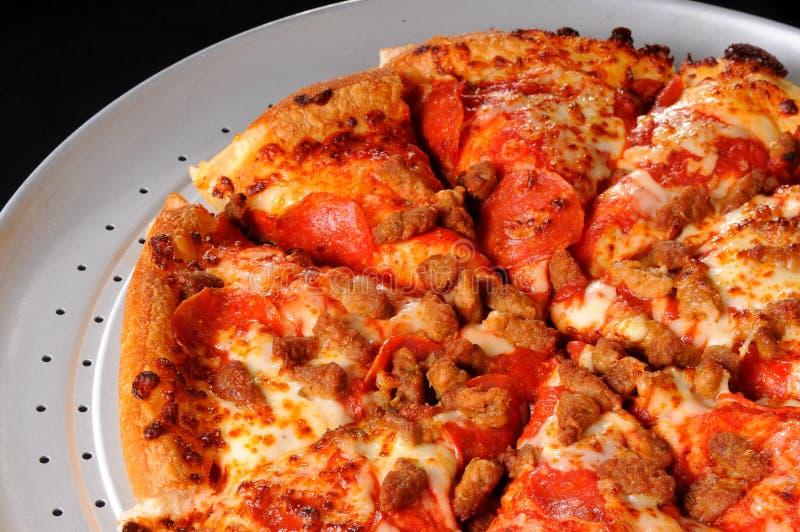 Saucisse et pizza de pepperoni photo stock