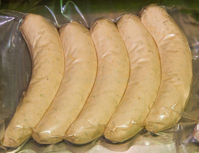 Saucisses de viande emballées sous vide photo libre de droits