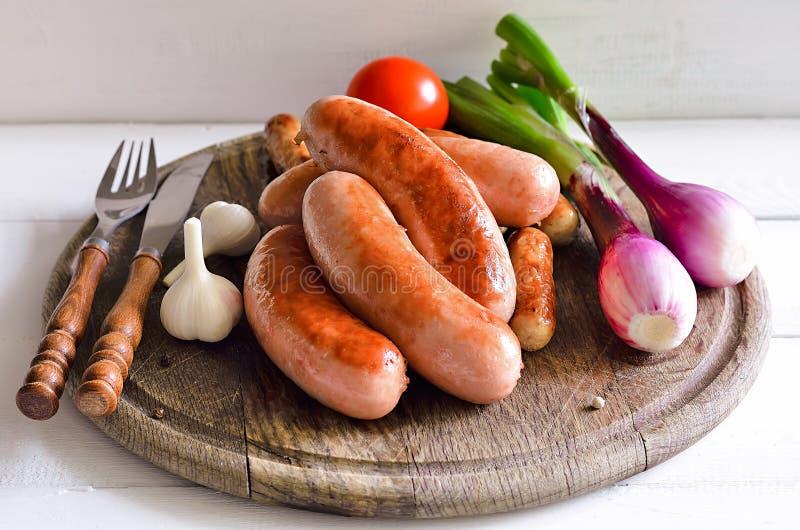 Saucisses grillées photo libre de droits