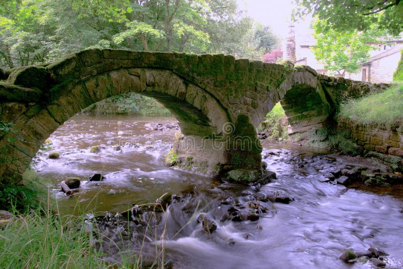 Saumpferdbrücke Wycoller lizenzfreie stockfotografie