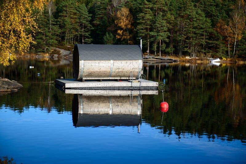 Sauna flotante fotografía de archivo libre de regalías