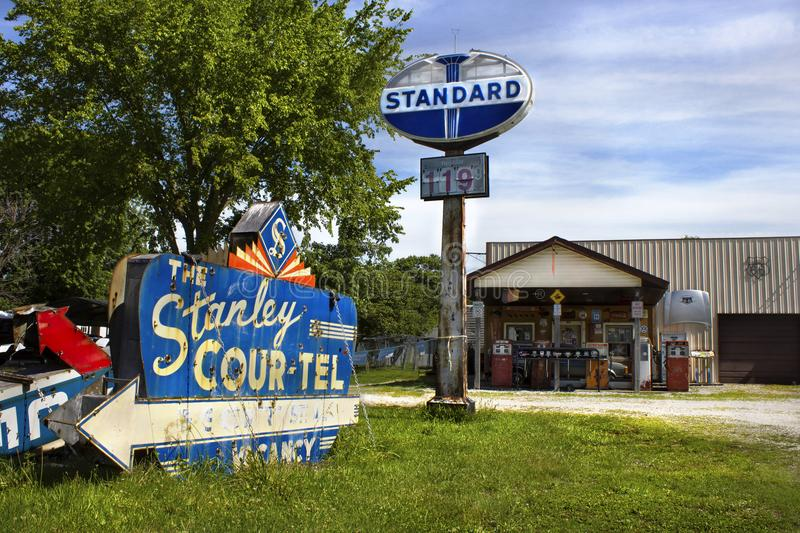 Saunton, Illinois, United States - circa June 2016 - Henry`s Rabbit Ranch route 66. Visitor`s will see vintage gas pumps, old cars and motel signs, cages and stock image