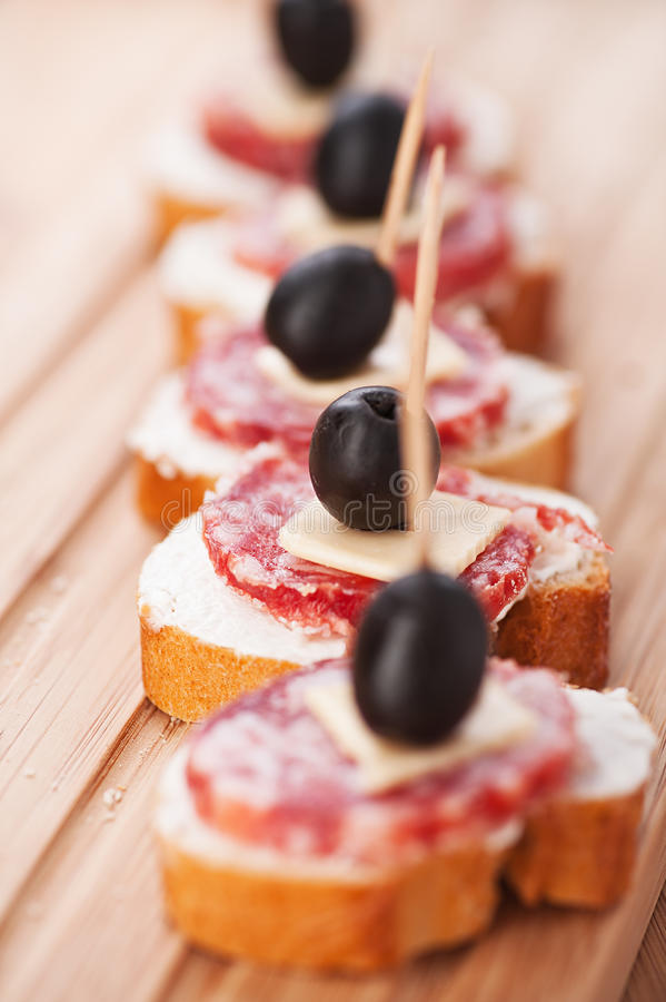 Free Sausage Sandwiches, Cheese Royalty Free Stock Images - 22823699