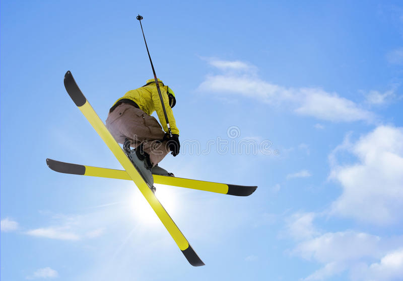 Sauter de skieur photo stock