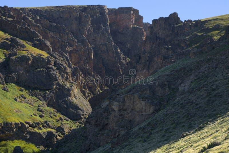 Sautez le canyon de crique photos stock
