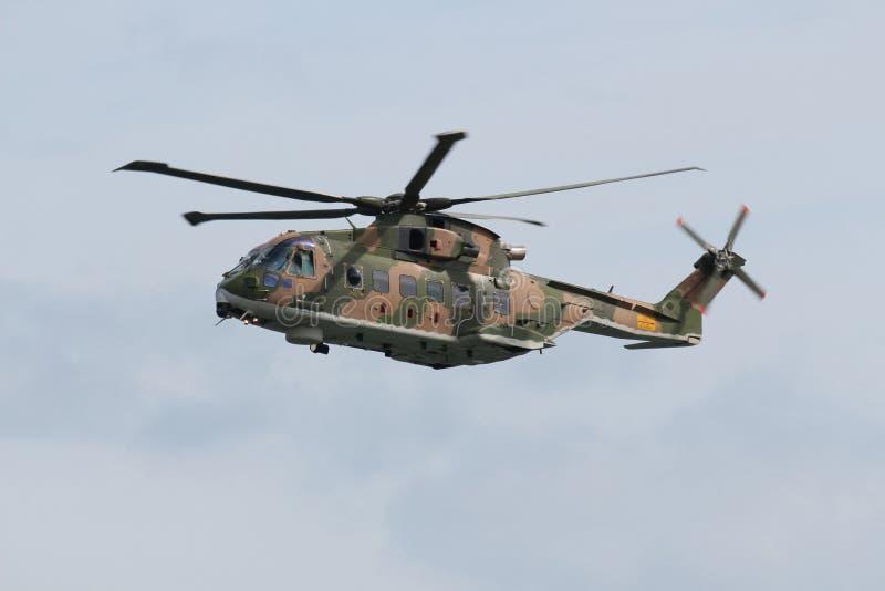 Sauvetage par hélicoptère de puma photo stock