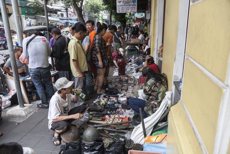 Sauvez-vous le marché à Bangkok images libres de droits