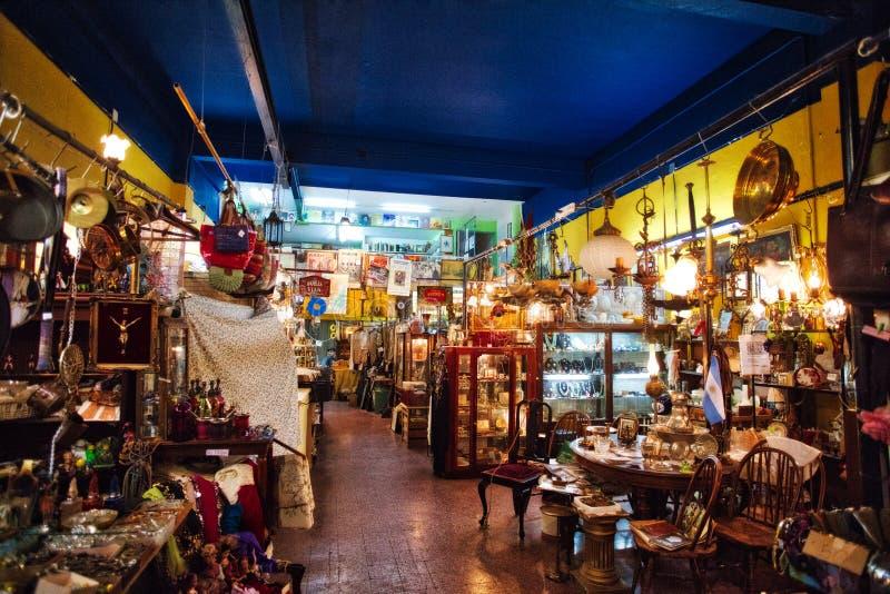 Sauvez-vous le marché à Buenos Aires San Telmo images stock